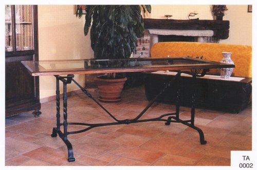 Tavoli in legno e ferro letti tavoli sedie in ferro for Tavoli in ferro e legno